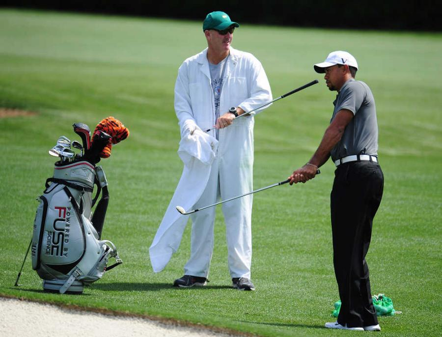 1001 Notes: How To Be A Golf Caddy