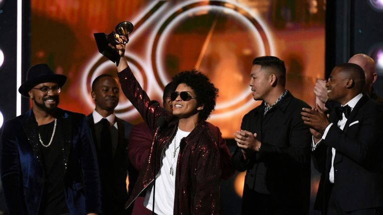 Ket qua giai Thuong Grammy 2018: Bruno Mars thang lon