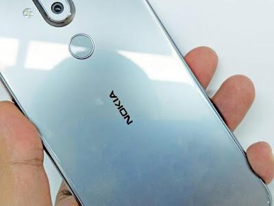 Nokia X7 Back