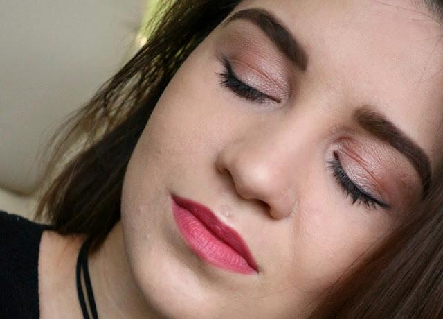 Maybelline Lash Sensational Multiplying Тушь для ресниц макияж