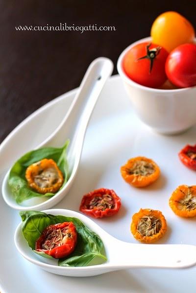 pomodori confit ricetta vegetariana