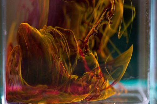 Ruốc, ớt, hạt dưa nhuộm đỏ bằng thuốc nhuộm quần áo nguy hiểm ra sao