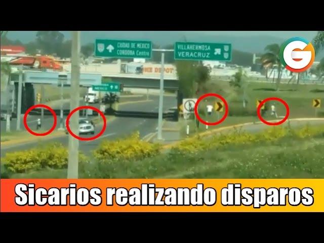 """Vídeo:  SICARIOS de los  """"ZETAS ejecutan a empresario y  se enfrentan a sus guardaespaldas"""