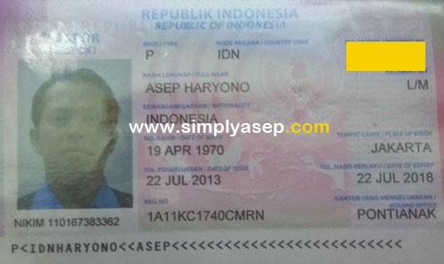 PASPOR : Ini paspor saya yang akan habis masa berlakunya bulan Juli 2018 mendatang.  Alasan keamanan no Passportnya ditutup dan diberi watermark. Foto Asep Haryono