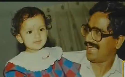 Sruthi Hariharan with her father