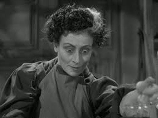 Rafaela Ottiano en Muñecos Infernales 1936