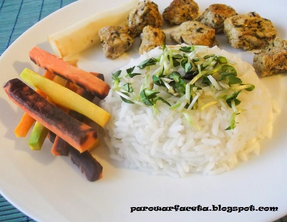 przepis na danie z mięsa, warzyw i ryżu w parowarze