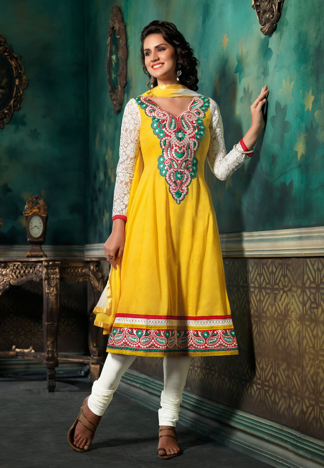 0b1b077b07 Fabdeal Amazon UK, we have wide online store for Indian Clothing Women's  Wear specially in Anarkali Suits, Wedding Wear, Bridal Collection, Designer  Sarees, ...