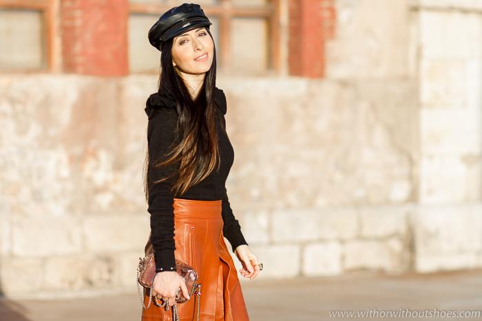 influencer blogger de moda valenciana con propuestas outfit para vestir con gorra