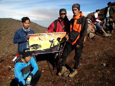 Maszal Pemalang adventure di Puncak Slamet