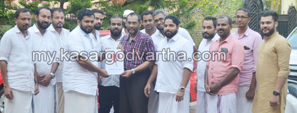 Kerala, News, Health, Kasaragod, Kalanad, Charitable Society, Handed, Karunyam Kalanad financial aid handed over.