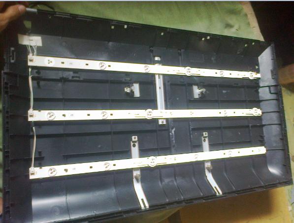 Backlight Layar LCD TV TOSHIBA 32-Inch