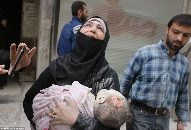 Foto-foto Pilu Warga Suriah yang Gemparkan Dunia Sepanjang 2016 Versi AFP