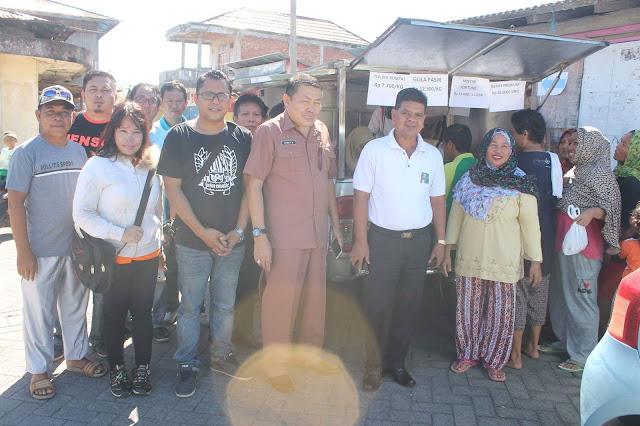 Beras Bulog 'Bakutu' Di Pasar Murah Kema III Minut