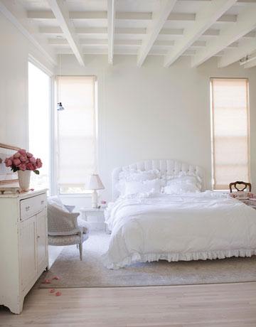 Amy-Neunsinger-photographer-California-cottage-shabby-chic-interior-design-hellolovely