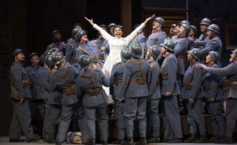 Προβολή της όπερας «Το Κορίτσι του Συντάγματος» του Ντονιτσέτι στο Δημοτικό Θέατρο Αλεξανδρούπολης