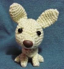 http://adhrys.blogspot.com.es/2012/06/chihuagua-amigurumi.html
