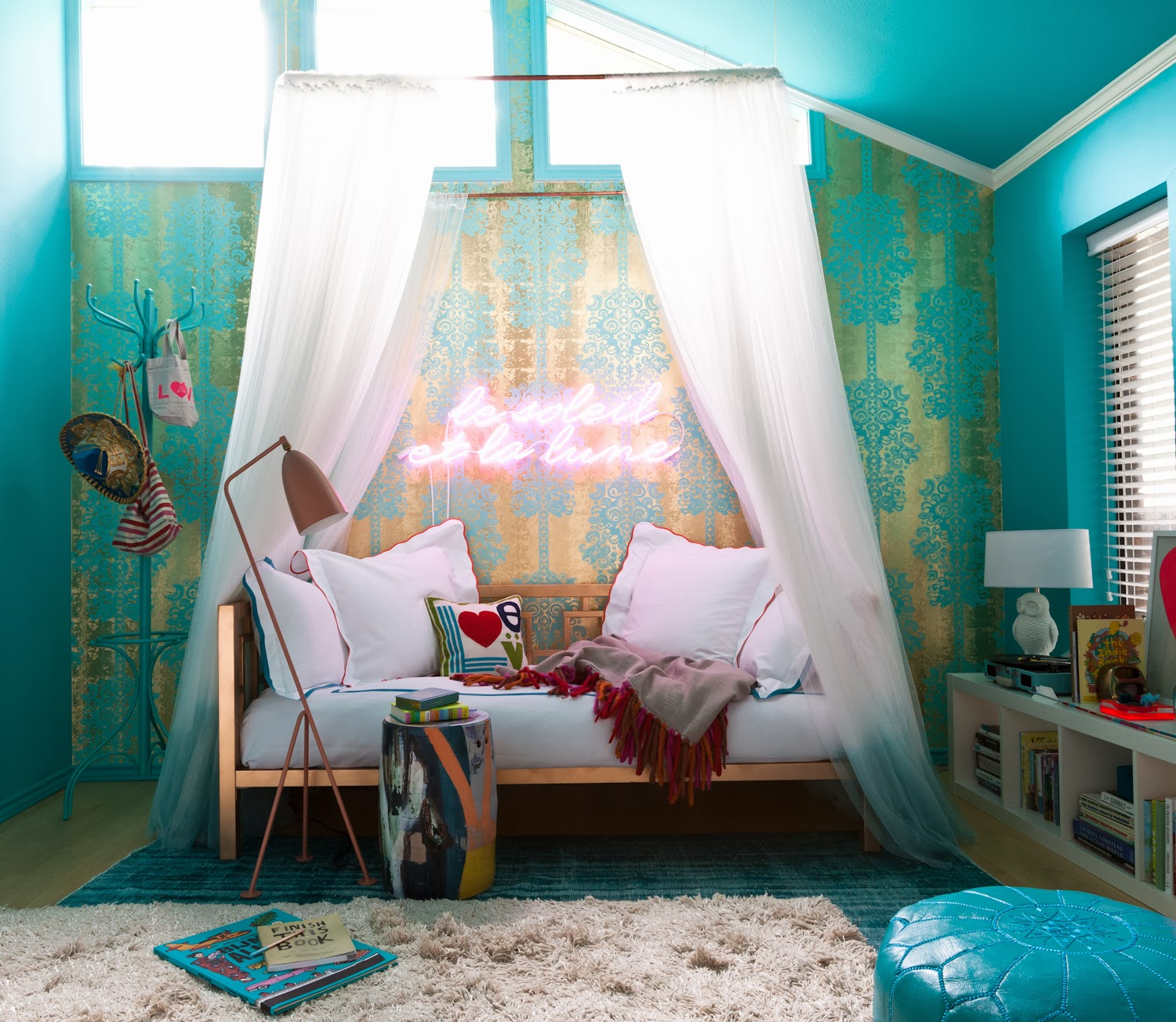Simple Lovely: Audrey's Big Kid Room (Breaking This Action