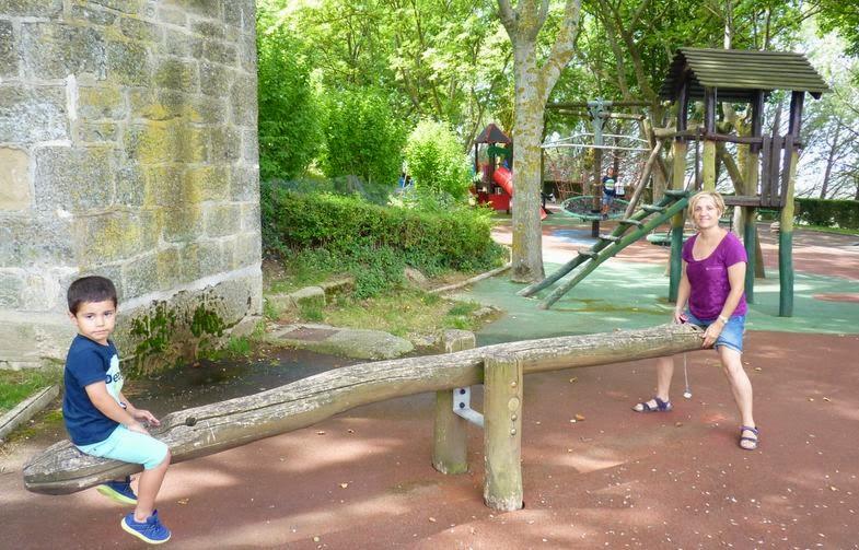 Parque infantil del Paseo del Collado.