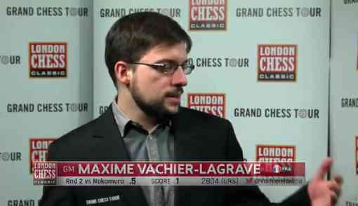 Le meilleur joueur d'échecs français Maxime Vachier-Lagrave au micro de Maurice Ashley, après sa nulle avec les Blancs contre Hikaru Nakamura dans la ronde 1 du London Chess Classic