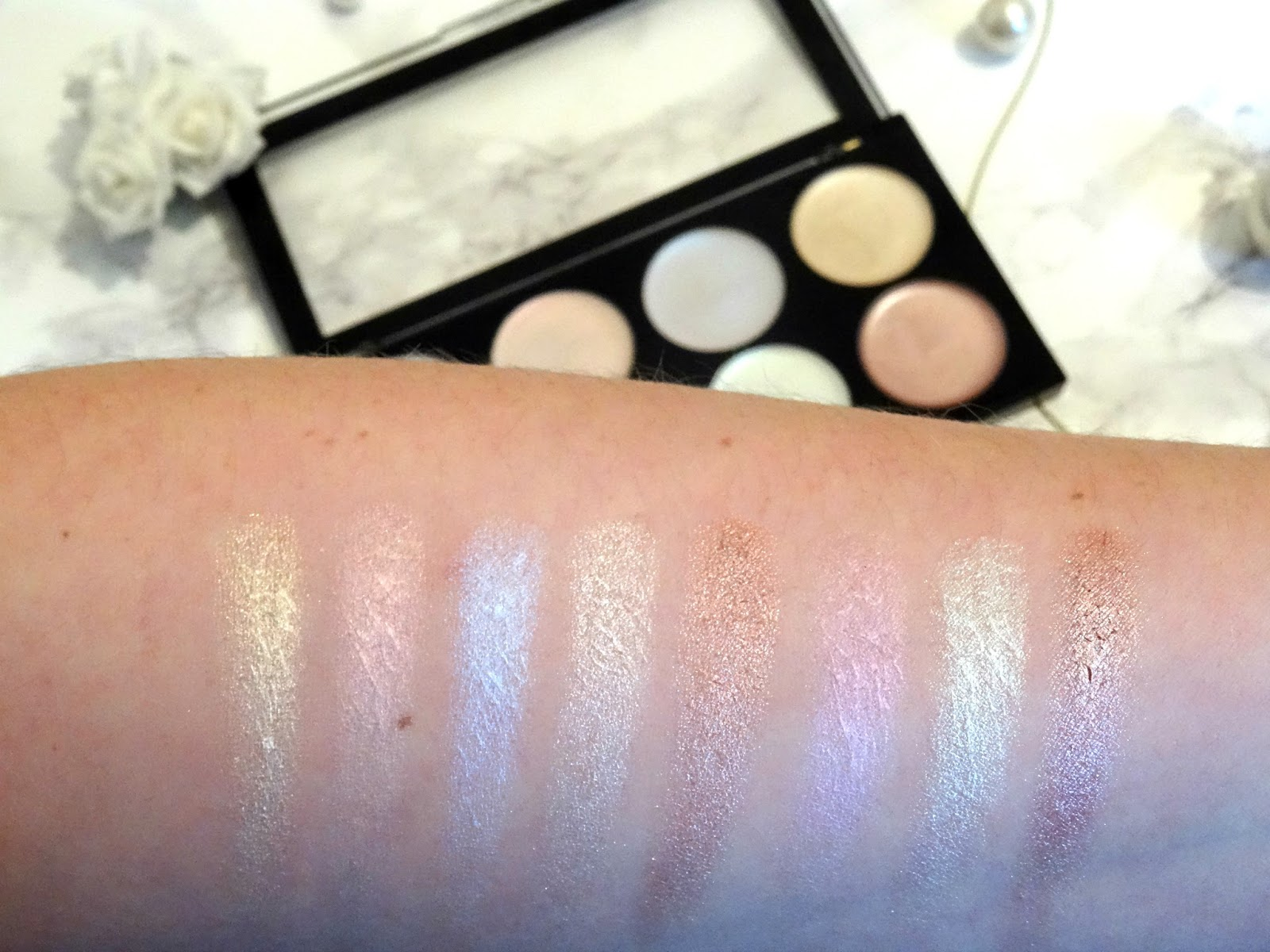 Makeup Revolution Ultra Strobe Balm Palette Swatches