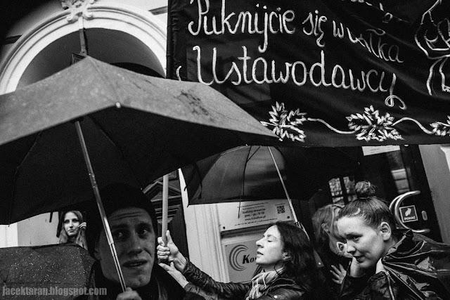 Czarny poniedzialek, czarny protest, black monday, krakow, jacek taran