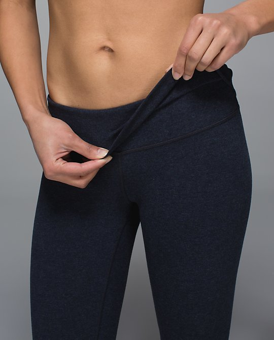 lululemon-wunder-under naval-blue