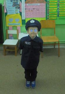και ένας αστυνομικός!