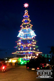 tallest Christmas tree in the Philippines