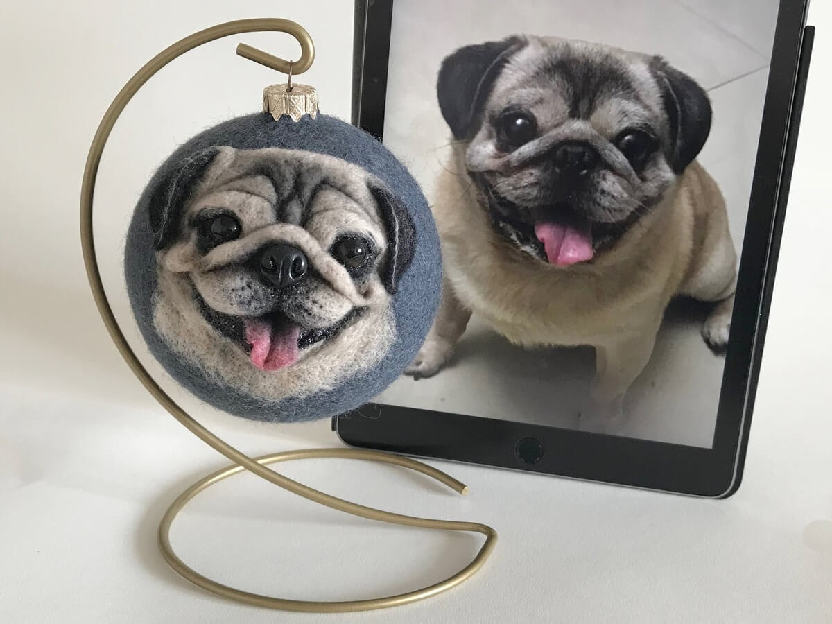 09-Pug-Hanna-Tsukanova-3D-Dogs-&-Cats-Felt-Pet-Portraits-www-designstack-co