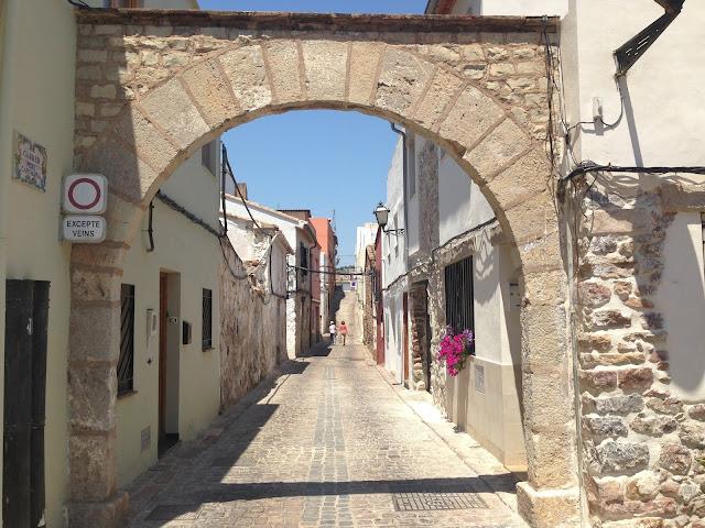 Sepharad Chronicles: Our Quest for Semah de Valencia. Streets of Sagunto Jewish Quarter. | Dr. Jose G. Lepervanche Valencia
