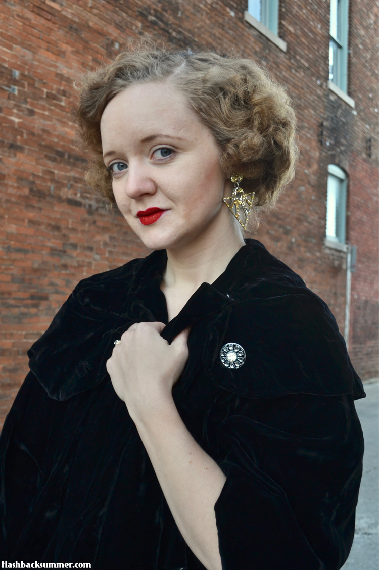 Flashback Summer: Art Deco Revere Folie earring review 1920s