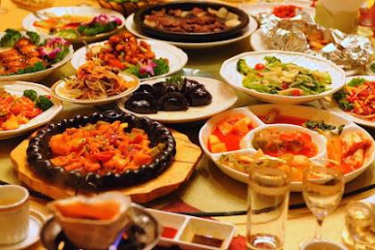 5 Kisah Takhayul Paling Populer pada Makanan