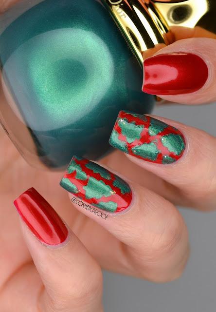 Dior Christmas Tree Nail Art