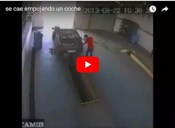 Pequeña caída empujando el coche