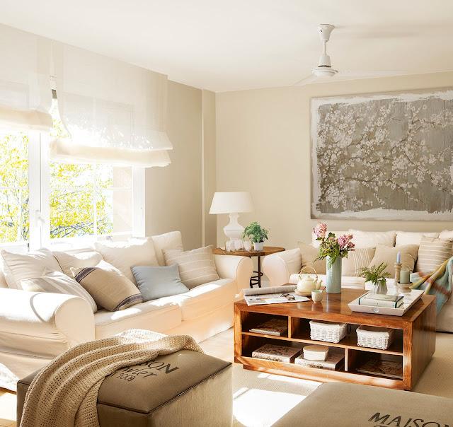 Amenajare în tonuri delicate de culoare într-un apartament de 60 m²