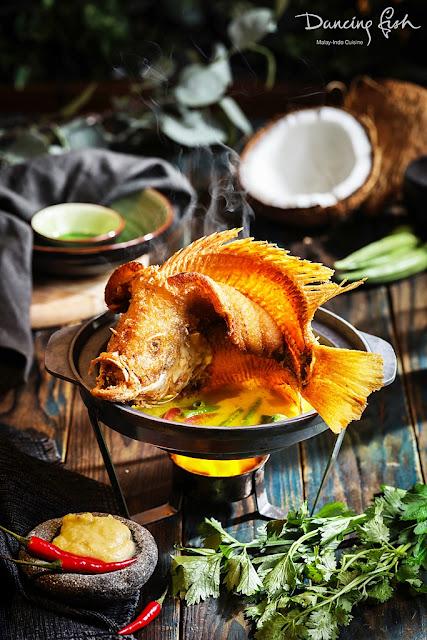 Dancing Fish with Gulai Tempoyak