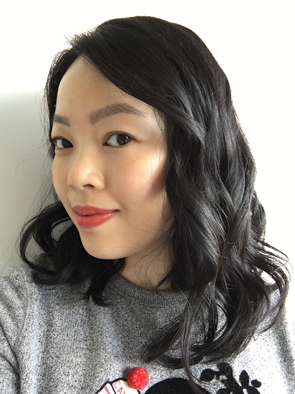 Vancouver beauty, life and style blogger Solo Lisa selfie