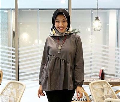 Amaris Annisa Pakai Hijab