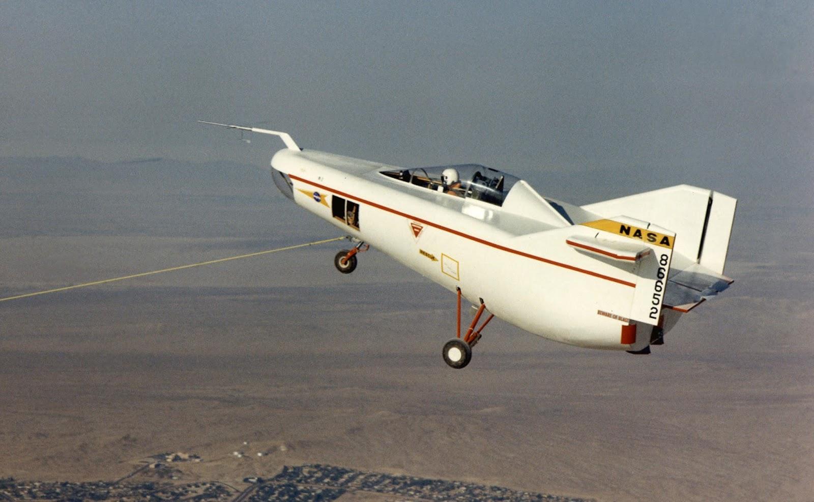 M2-F1 da NASA em testes