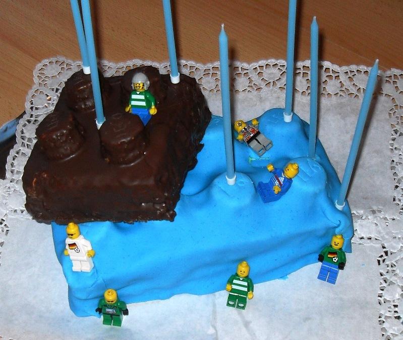 Sanna S Hexenkuche Lego Torte