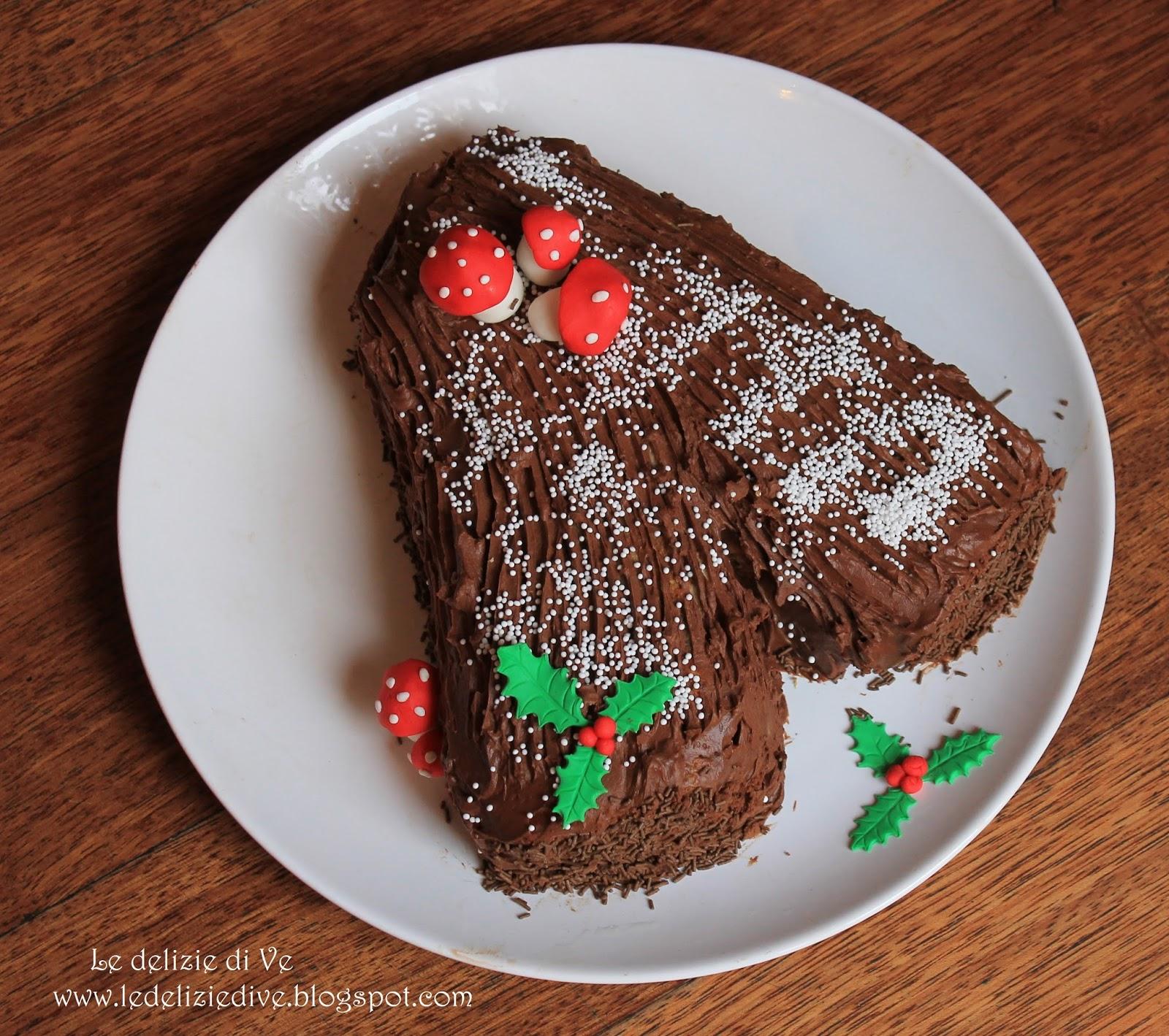 Tronchetto Di Natale Panettone.Ledeliziedive Tronchetto Di Natale Con Panettone