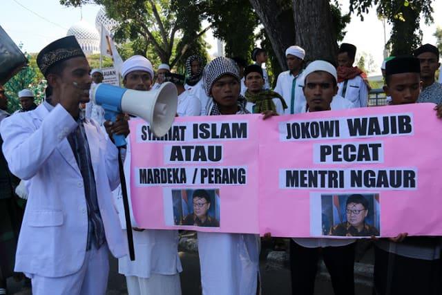 Rezim Jokowi Ingin Cabut Sejumlah Perda Syariah Islam di Aceh
