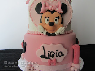 minnie disney cake