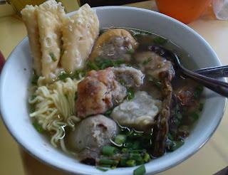 Tempat Wisata Kuliner Terkenal di Malang Tempat Wisata Malang Jawa Timur terfavorit dan terbaru untuk keluarga:  10 Tempat Wisata Kuliner Terkenal di Malang