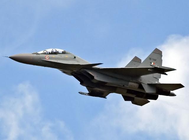 Un avión de combate Sukhoi Su-30MKI derribó un OVNI sobre una zona de la India, según informan diversos medios.