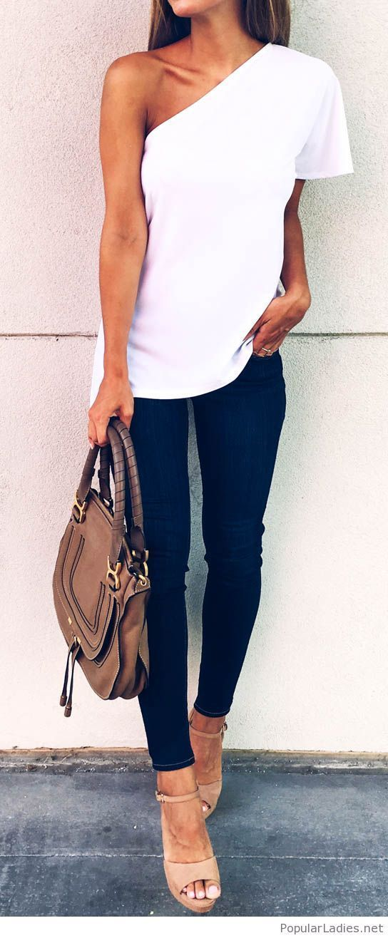 summer casual style outfit idea: top + skinnies + bag + heels