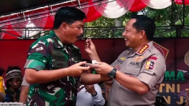Pembantaian Pekerja di Papua Bukti TNI-Polri Gagal