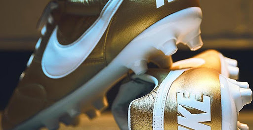 the best attitude 41c64 f39a0 Insane Gold Nike Premier II 2019 Boots Revealed - Footy Head