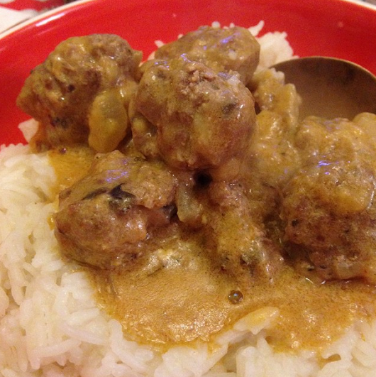 Mommatwo: Beef and stilton meatballs